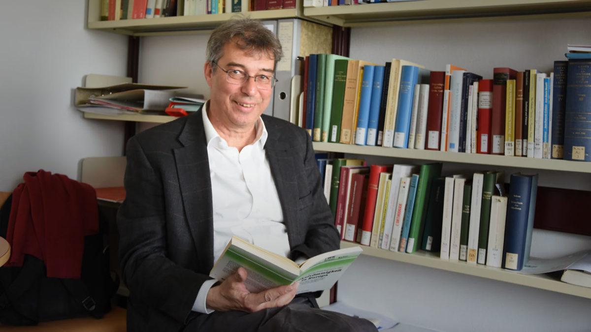 Le professeur luthérien Hans-Christoph Askani est chargé de cours de théologie fondamentale à l'Université de Fribourg. (Photo: Grégory Roth)